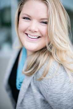Emily Hahnz Headshot